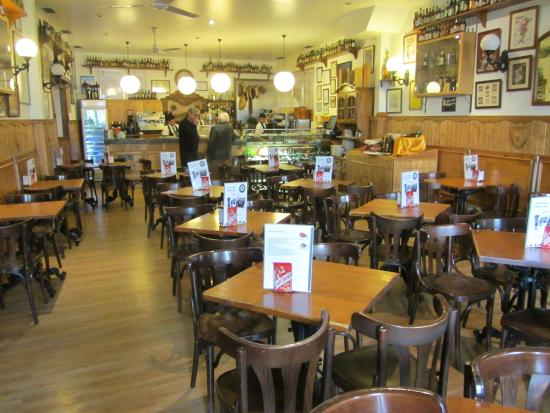 Cerveceria Santa Ana : Inside dining area on the right entrance