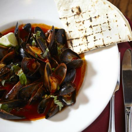 Agave: Guajillo Citrus Mussels