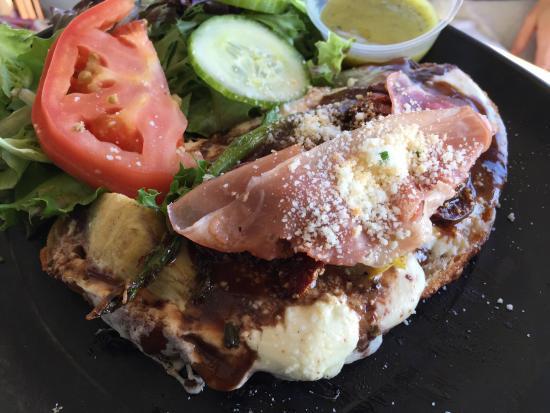 Asparagus tartine