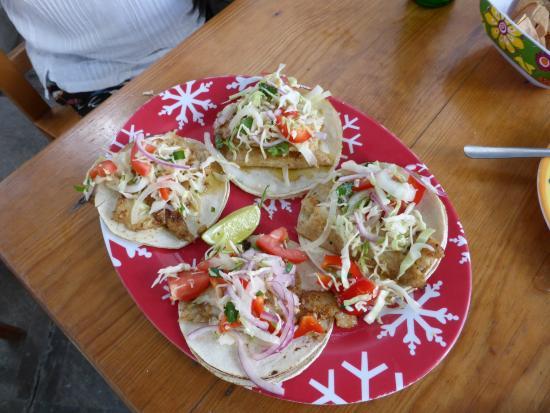 Pescaderia San Carlos: yummy fish taco's