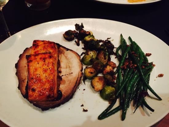 J. Gilbert's Wood-Fired Steaks & Seafood : Maple Salmon