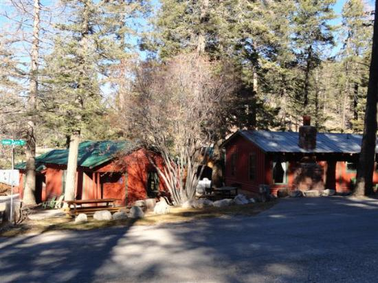 Cloudcroft, NM: Cabins 5,8 &9