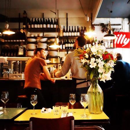 Vilia: La cuisine devant les clients