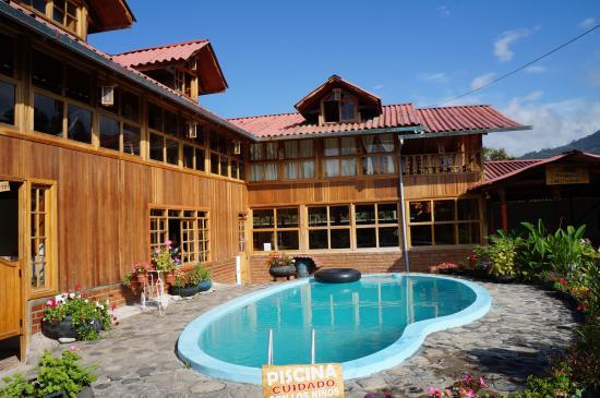 Vista de la piscina y el Restaurante (116457839)