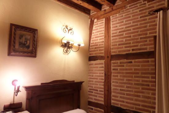 Hostal Casa de Cisneros: la chambre