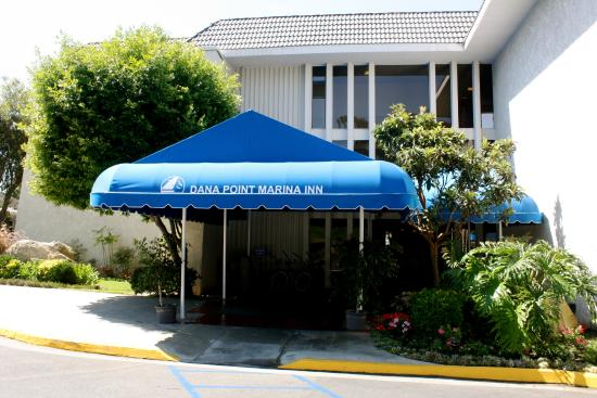 Dana Point Marina Inn: Hotel entrance