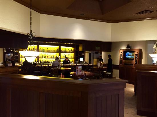 Olive Garden Full Service Bar Area In The Restaurant