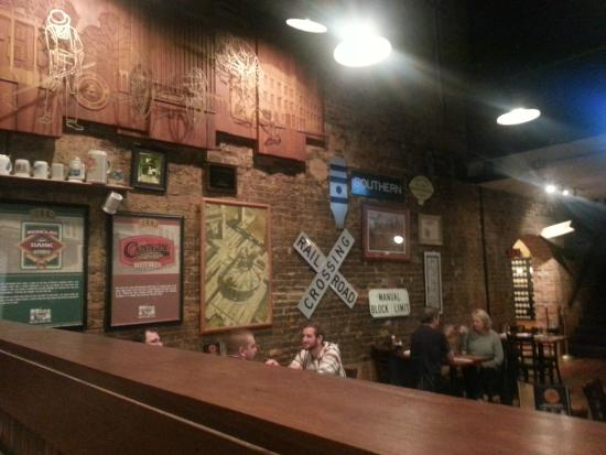 The Cannon Brew Pub: Beautifully restored building