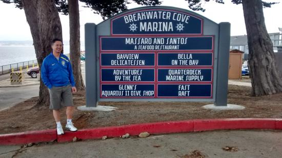 Monterey Bay National Marine Sanctuary : Entrada da Marinha