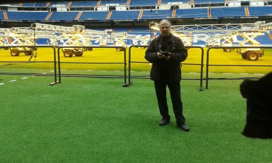 ... REAL MADRID 3 - Barca 1 El mejor estadio del mundo para. Stadio Santiago  Bernabeu   Στις θέσεις των ομάδων. Stadio Santiago Bernabeu   Μέσα στον ... 7ef9ba2437e8f