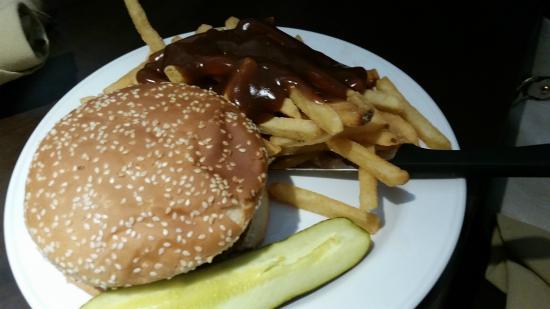 Cheeseburger platter, Victoria Inn  |  160 Hyw. #10-A North, Flin Flon, Manitoba R8A 1M9, Canada