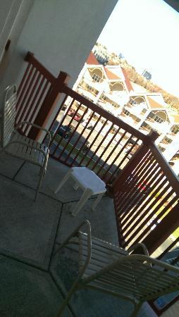 Grand Crowne Resort: Balcony