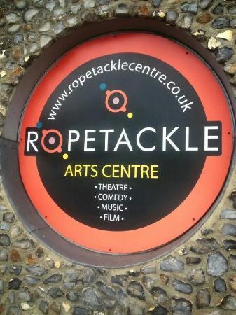 Ropetackle Arts Centre: Outside