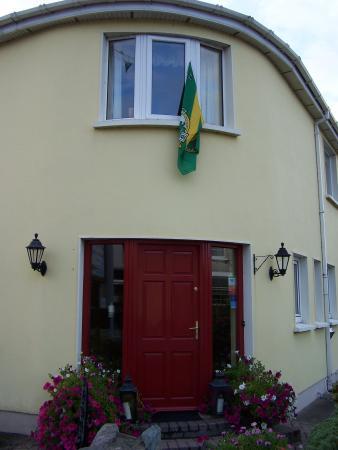Liosderrig House: main entrance
