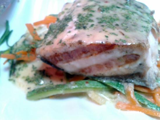 Fornino: platillo de salmón delicioso