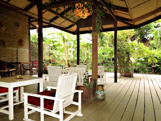 La Maison Birmane: Lobby