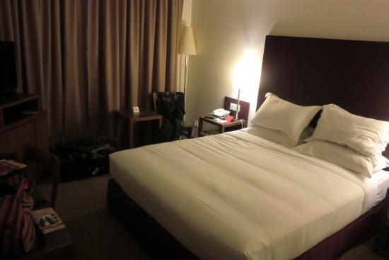 Capitol Hotel: The deluxe double room