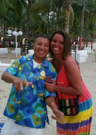 Friendly Vallarta All Inclusive Family Resort : Double Trouble!!
