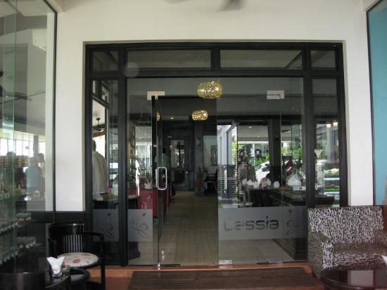 Cassia Restaurant : 入口です。