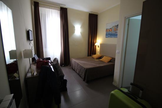 Ferton Hotel: Room 203