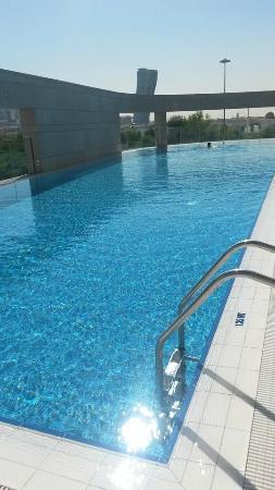 Novotel Abu Dhabi Al Bustan: swimming pool its wonderful place for relax i love it