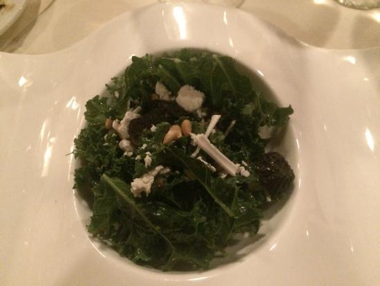 The Restaurant at Hotel Wailea: Kale salad