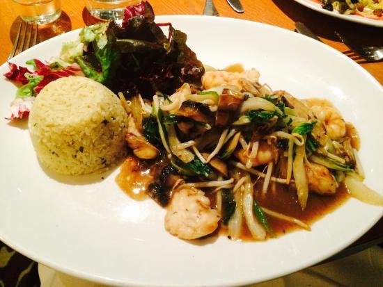 Pebble Beach Restaurant: Tempura Prawns, Monkfish & Rice