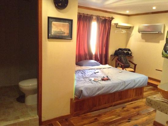 Sundance Inn & Saloon: Chambre #4