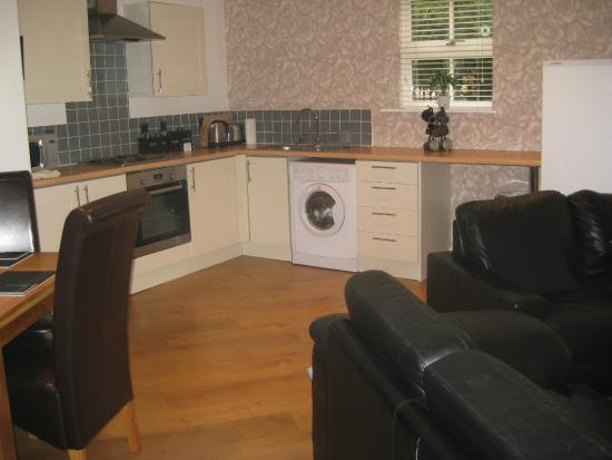 Yarm Apartments: kitchen area