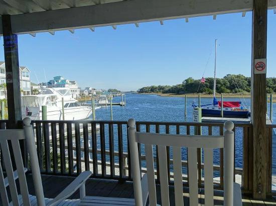 Sears Landing Grill & Boat : still beautiful view