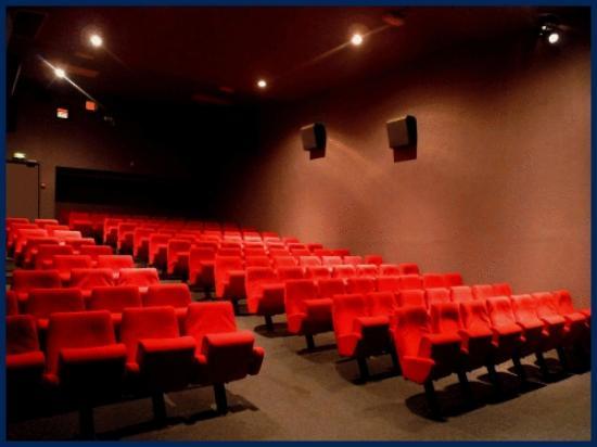 L'Etoile: salle 2 ( 116 places)