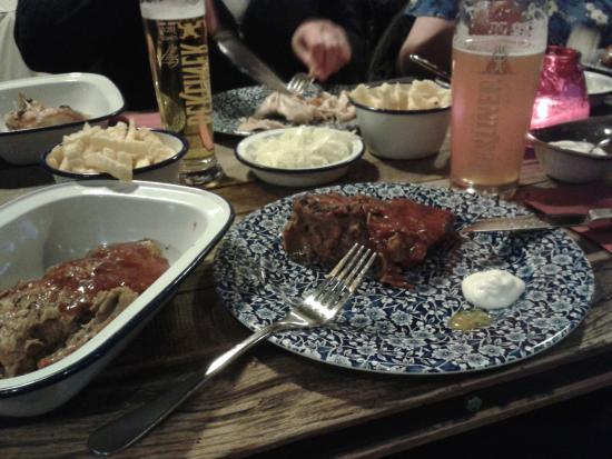 BBQ Kitchen: BBQ spare ribs