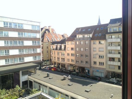 Mercure Strasbourg Centre: Вид из окна
