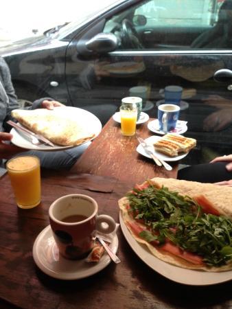 El Naranja Cafe