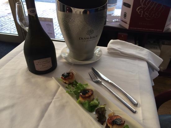 La Table de L'EPICURIEN: St Jacques et Beurre de Caviar