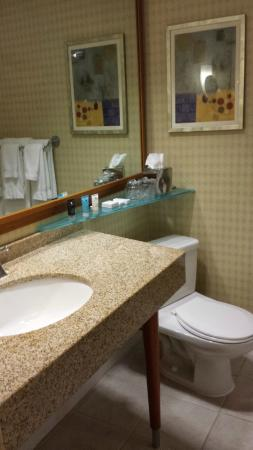 Crowne Plaza San Francisco Airport: salle de bain