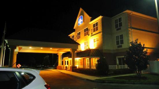 BEST WESTERN PLUS First Coast Inn & Suites: Außenansicht