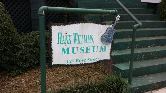 Hank Williams Boyhood Home and Museum: Welcome