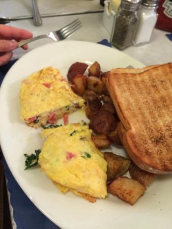 EJ's Luncheonette: Brunch omelet