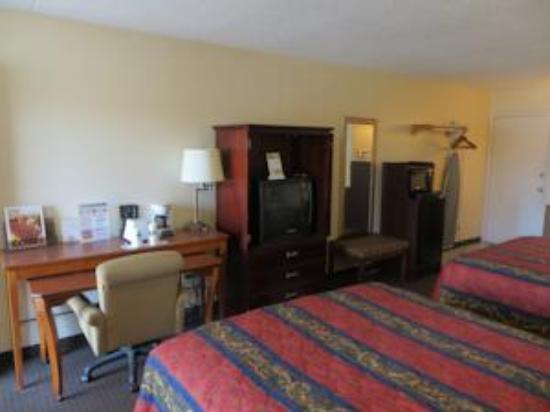 River Place Inn & Cabins: 2 Queen View