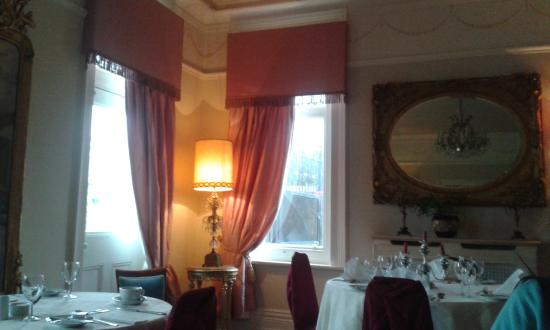 Bleak House Tea Rooms: Great expectation room