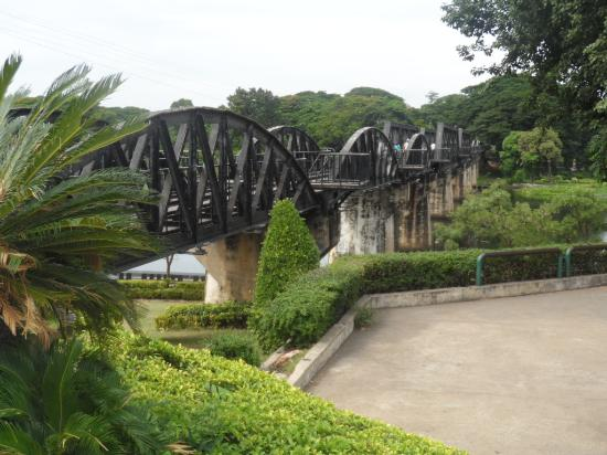 Bridge Over the River Kwai : view of bridge