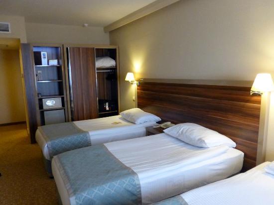 Peri Tower Hotel : Triple bedded room