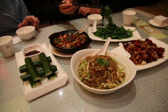 Chen Mapo tofu (Luomashi): Delicious!