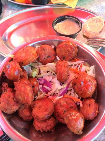 Poppy's Time Out Sports Bar & Grill: Gator Bites - Mmmmm!