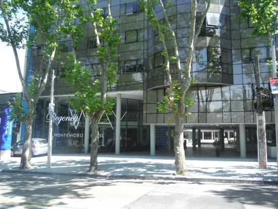 Foto De Regency Way Montevideo Hotel  Montevideo  Rua Em