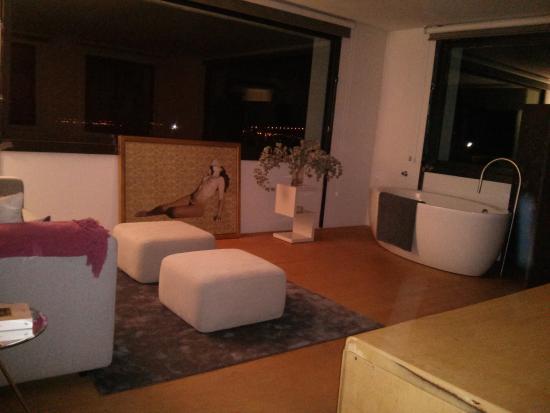La Torre Box Art Hotel: suite