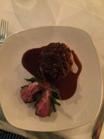 Lone Star Restaurant & Hotel: Lamb was outstanding...
