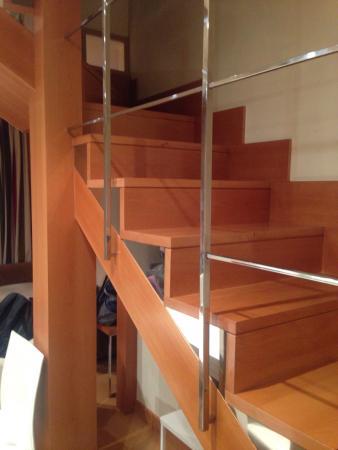 Apartamentos Rice: Простор на 2 этажа, для компании из 4 путешественников раздолье. И все, что может понадобиться -