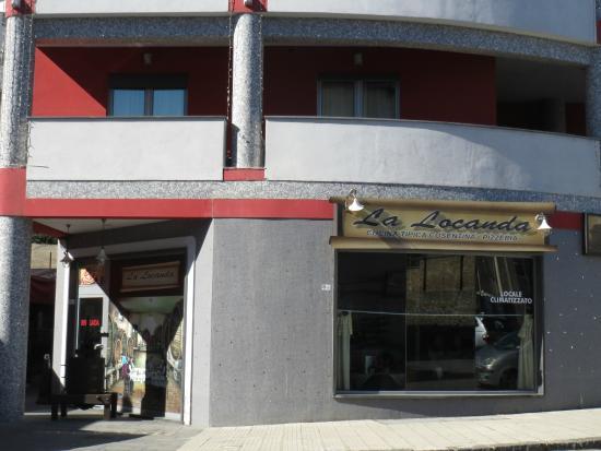 Vescovo Rosso: Hotel with restaurant